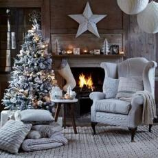 Christmas-living-room-with-knitted-chair-cover--Country-Homes--Interiors--Housetohome.co.uk
